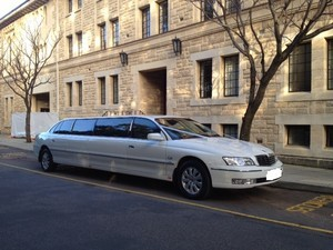 Holden Statesman stretch Limousine Pt 595 outside