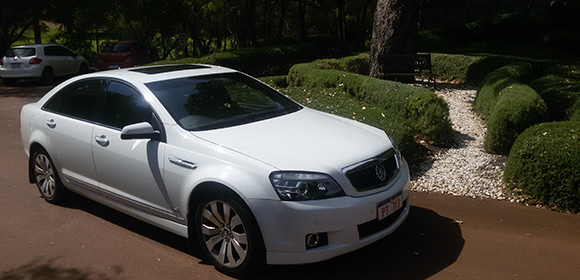 Margaret-River-Winery-Tours-White-Car